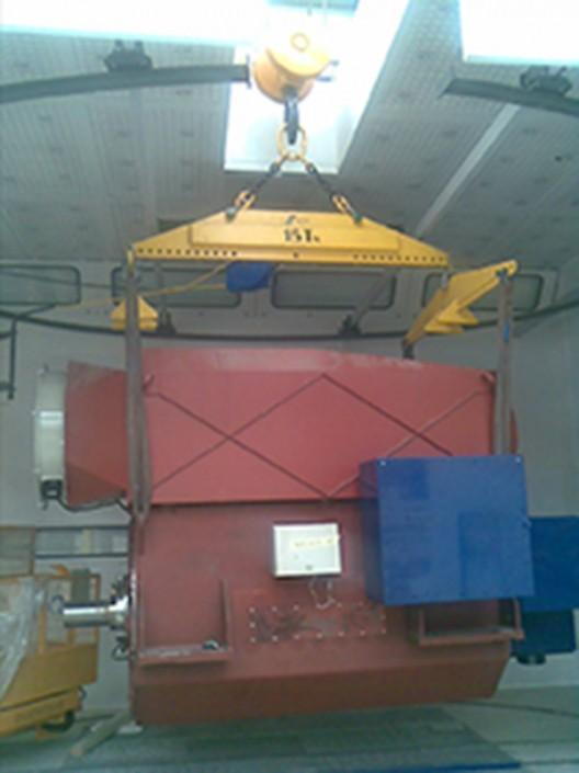 Elevación y montaje de aerogeneradores